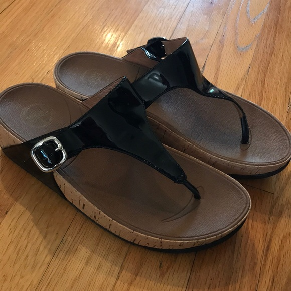 9a14c4ff32bbe Fitflop Shoes - Black patent leather fit flops size 8